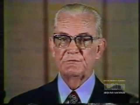 1975 - PRESIDENTE GEISEL EM PRONUNCIAMENTO NA TV - DITADURA MILITAR