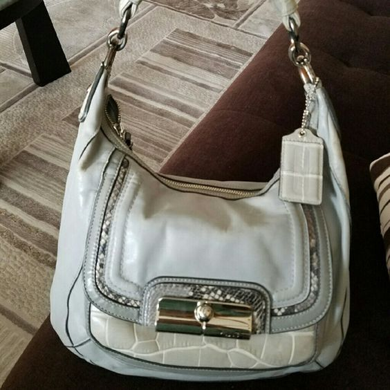 "100% authentic coach bag. 100% authentic gorgeous coach bag. Real Leather, very soft in excellent condition bag. Has a lot of packets inside very roomy bag. 13""x9"" Coach Bags Shoulder Bags"