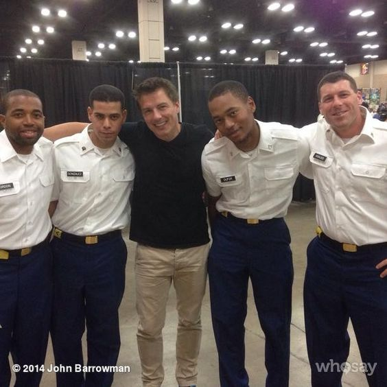The Military Girls never showed up..So here are the Boys Again:) #wizardworld jb