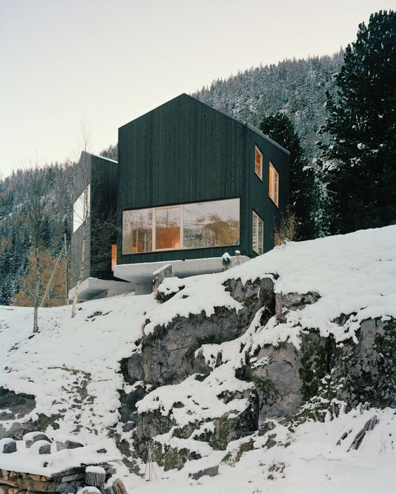 b601735be8d936b8f700adf9615ffbf2 - 14 Cozy Cabin Photos