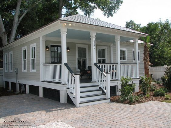 The south cottages and duke on pinterest for Beaufort sc architects