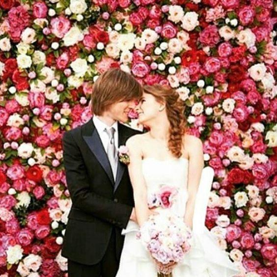 "Painel de flores <span class=""emoji emoji1f60d""></span> #wedding #weddinginspiration #bridal #bride #beauty #casamento #cerimônia ..."