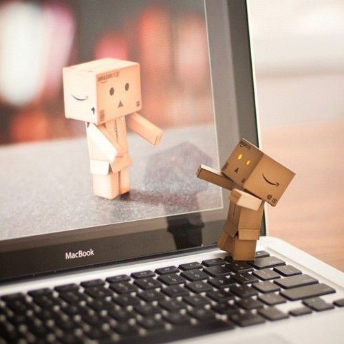 keep your long distance relationship strong with facetime and skype - todaywedate.com