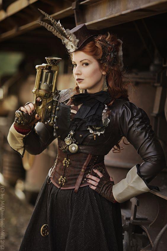 Model/Styling/Makeup/Haare: MADmoiselleMéli  Photo: Reiner Eisenbeis    Jacke/Rock/Nerfgunmod(Waffe)/Hut/Accessoires sind auch selbst gemacht :-)