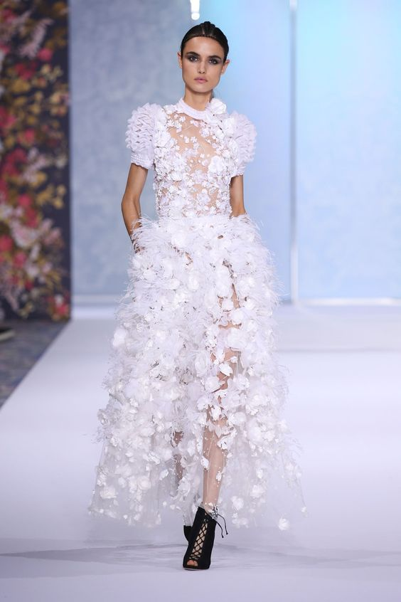 See all the catwalk photos and all the looks from Ralph & Russo  Autumn/Winter 2016-17 Couture Paris Fashion Week