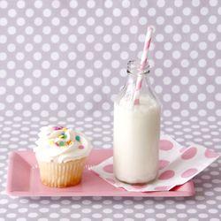 milk cupcake & napkin
