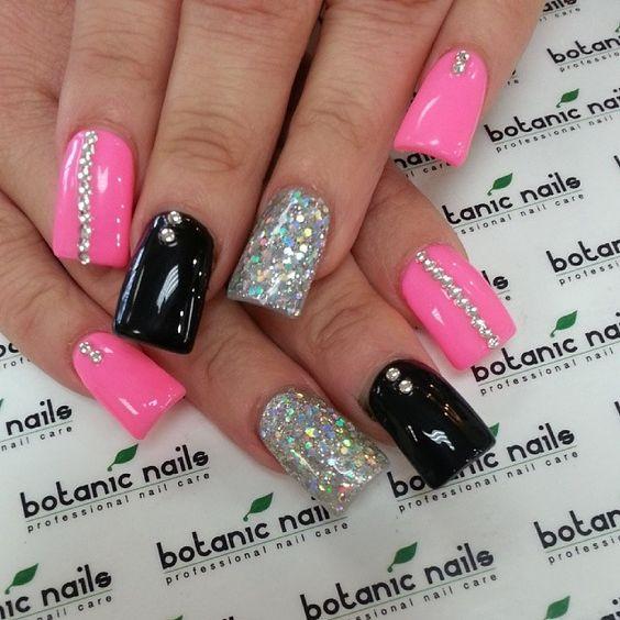 Diseños de uñas de acrílico