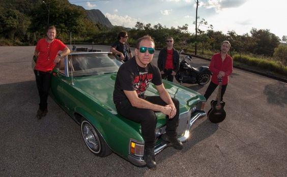 Em entrevista exclusiva ao #portalorio, Podé Nastácia, um dos vocalistas do Tianastácia, comenta sobre a participação no SuperStar e muito mais. Confira: www.portalorio.com.br/e-tianastacia/  #portalorio #tianastácia #rock #rocknacional #música