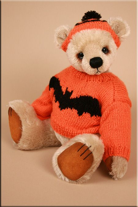 Little Boo  An original teddy bear design created by Paula Carter  www.allbear.co.uk