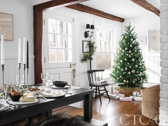 Neutral hues create the perfect backdrop for a mix of new and vintage finds at Christmas time.