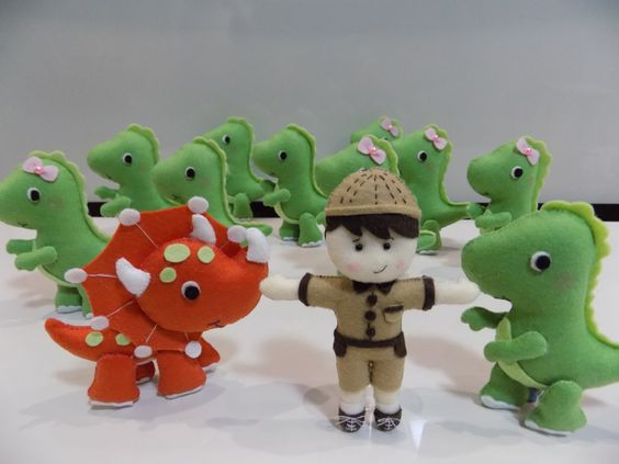 Dinossauros decorativos e lembrancinhas