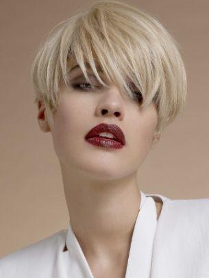 Taglio capelli corti donna inverno 2016: