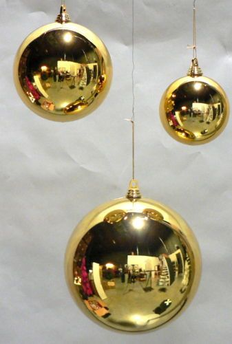 Large shiny 11 gold christmas ball plastic 280mm outdoor for Outdoor merry christmas ornaments