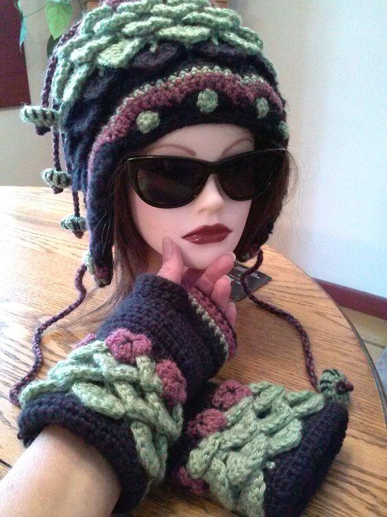 Priscilla hat and gloves back.jpg