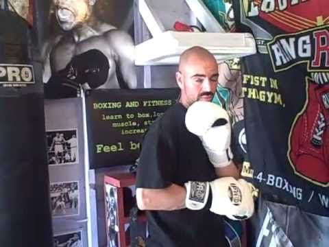 More Tips On Executing Floyd Mayweather Defense Philly Shell Shoulder Roll Youtube Floyd Mayweather Floyd Defense