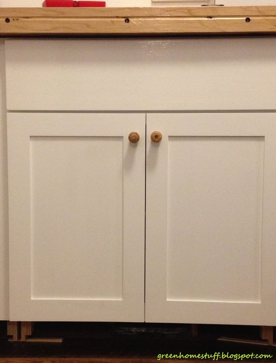 Sweet White Finished Wooden Kitchen Cabinet Doors With Simple