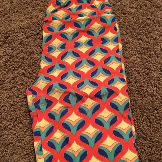 LULAROE Leggings NWOT LULAROE Leggings NWOT. Price will reflect how much I paid (price,tax,shipping); poshmark fees and hard to find piece. LuLaRoe Pants Leggings