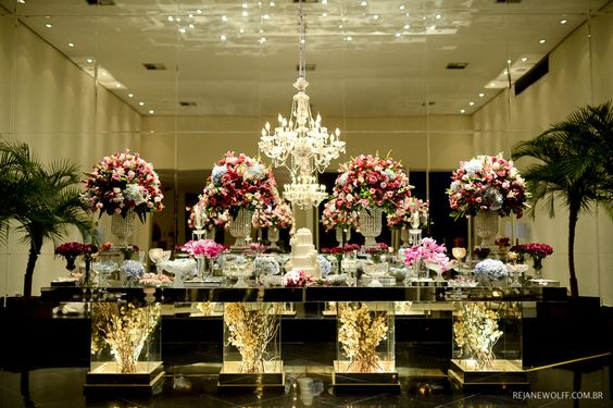 Mesa de bolo linda! Decora??o de casamento em tons de rosa e azul ...