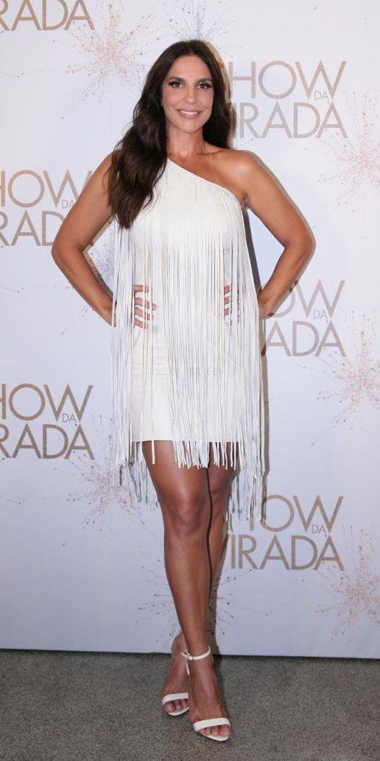 Da praia à festa de gala, celebridades dão seus exemplos de looks brancos para você se inspirar no Réveillon | Chic - Gloria Kalil: Moda, Beleza, Cultura e Comportamento