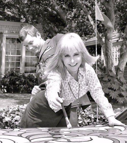 Larry Hagman and Barbara Eden