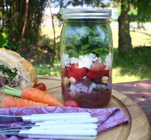 Strawberry Spinach Salad in a Jar by thegolightlygourmet: Take summer to work!