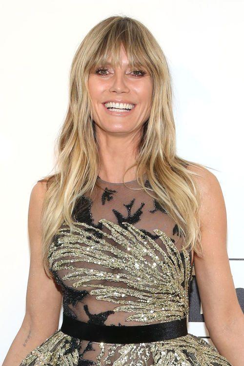 Heidi Klum Tragt Pony Haare Ab Klum Haare Ab Frisuren Mit Pony Mittellang