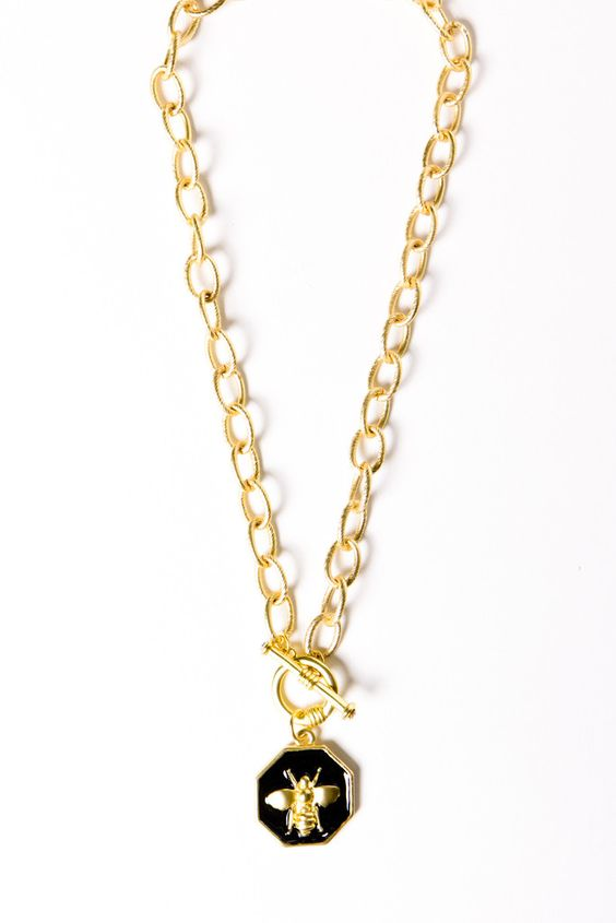 Charmed Toggle Necklace - Bumble Bee