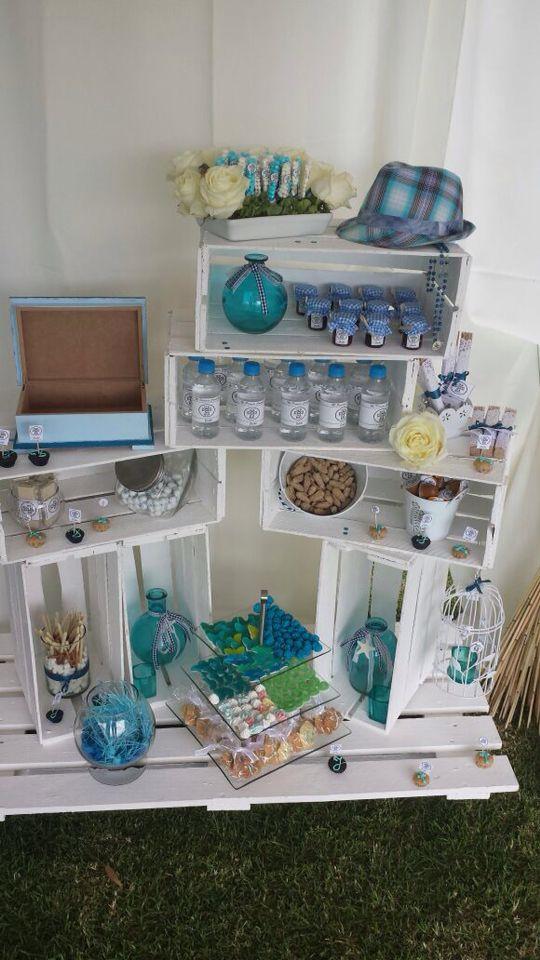 Mesa de dulces estilo vintage armada con cajas de tomate y - Mesas cocina vintage ...