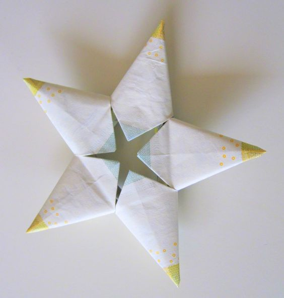 Origami Star out of 5 €