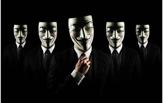 Se os protestos pelo Brasil já estão acirrados... imagina na Copa? E no que depender do grupo hacker Anonymous a situação só deve piorar. Supostos representantes do grupo revelaram à Reuters que os planos para o evento incluem a derrubada e invasão de sites da Fifa e do governo.A publicação cita que