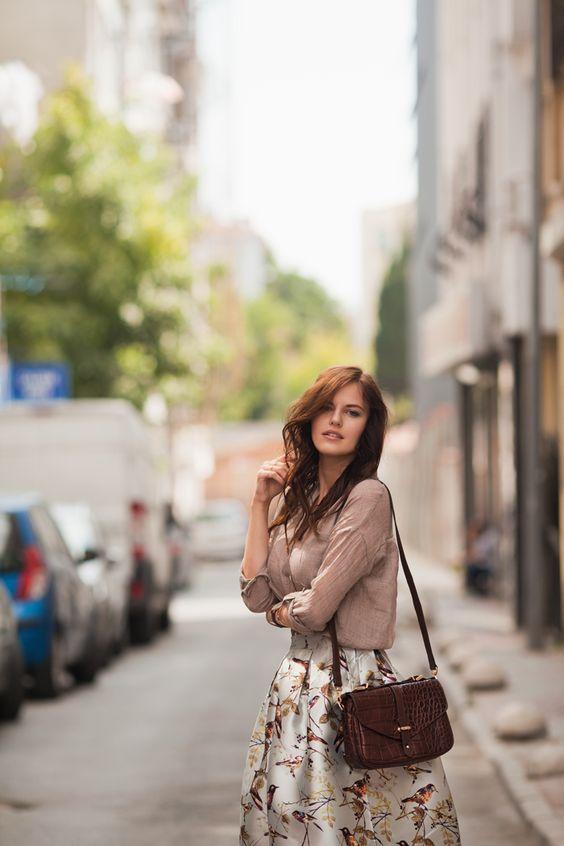 Romantic mood, wearing @romwe midi skirt with birds and grey shirt