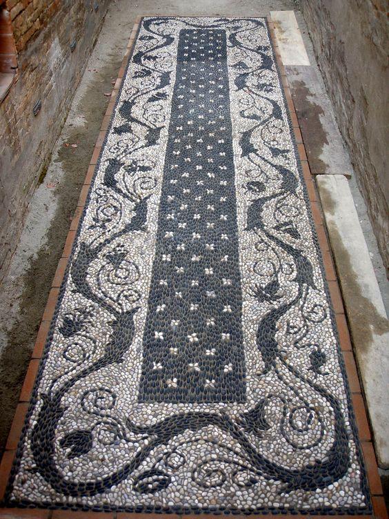 Il Mosaico di ciottoli del Laboratorio Musivarius: Corsi di mosaico