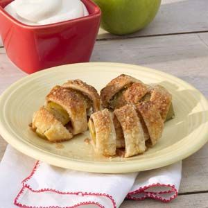 Bite-size (easy-to-make) apple pies.
