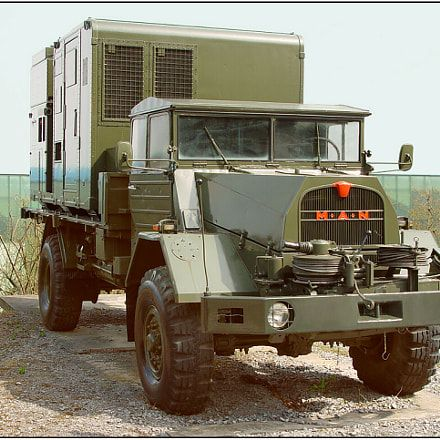 Military Trucks and Engineering Vehicles E-book - Military Trucks #MilitaryTrucks