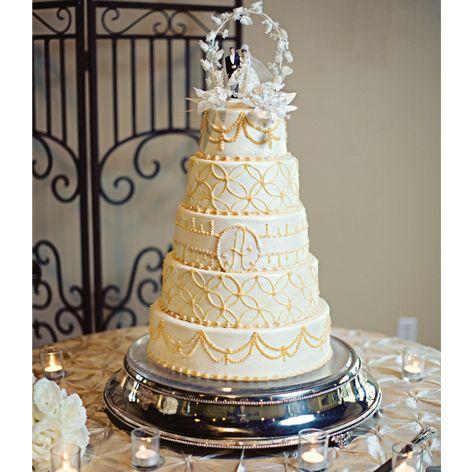 Cake: Cake Creations ~  Photo: EE Photography #weddingcake