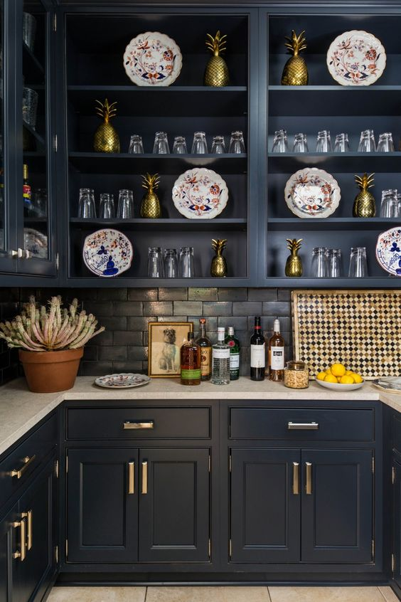 The southern living idea house by bunny williams for Southern living kitchen designs