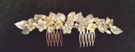 Tiara flores de porcelana fría en tonos plata y amarillo lima