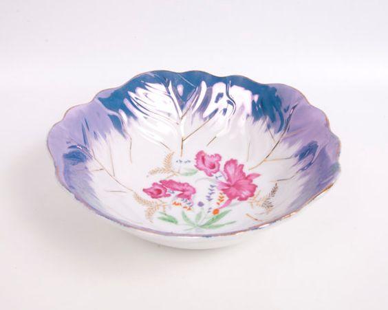 #VogueTeam #EtsyGift #vintage Lusterware Bowl Porcelain Hand Painted JAPAN Pink Iris Design Serving Dish