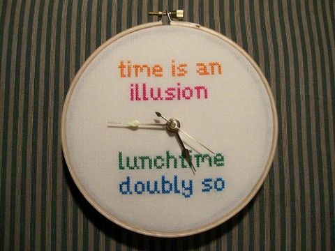 Hitchhiker's Guide to the Galaxy quote clock - awesome! {as seen on Beefranck's Emporium}