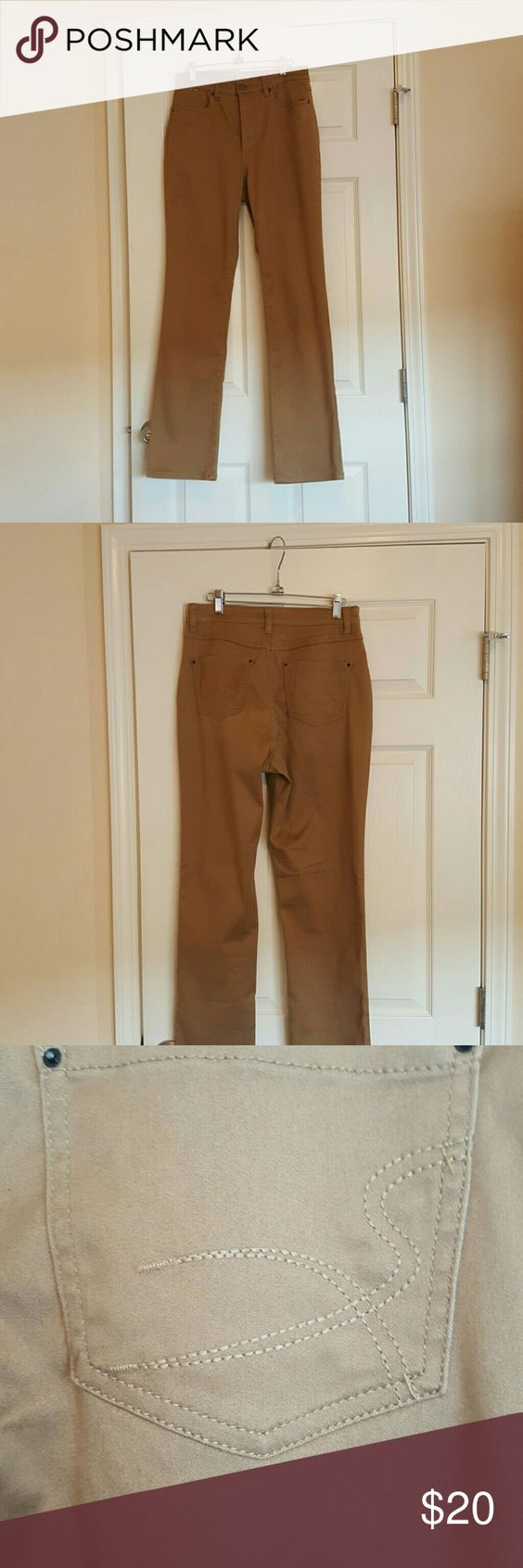 French Dressing Jeans French Dressing Jeans size 8. Only worn once. 32 inch inseam. Bootcut. French Dressing jeans Jeans Boot Cut