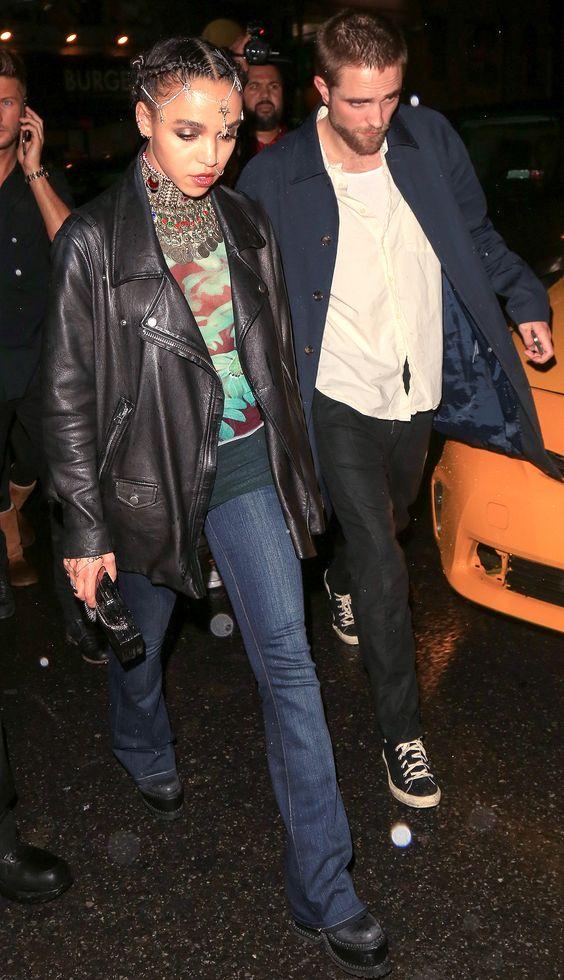 Мне очень нравится внешний вид расклешенных джинсов, я думаю, что они действительно льстят