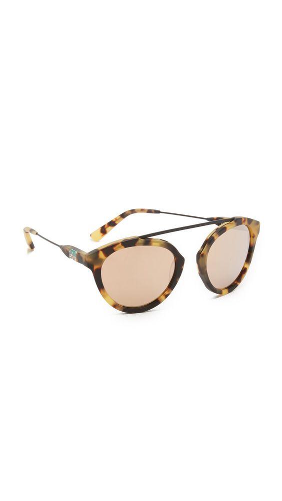 c7c5becb47 Westward Leaning Women s Olivia Palermo x Westward Leaning Flower 13  Sunglasses