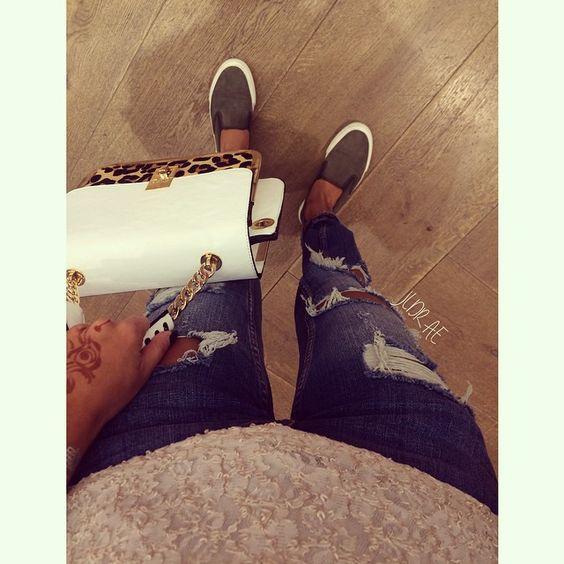 Hello babes Schuhe : Mango || Hose : Zara || Shirt : NoName || Tasche : Dune London || #ootd #today #me #hello #dubaimall #outfit #Padgram
