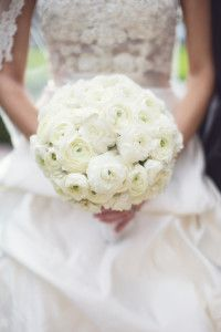 White-Wedding-Bouquet-Style