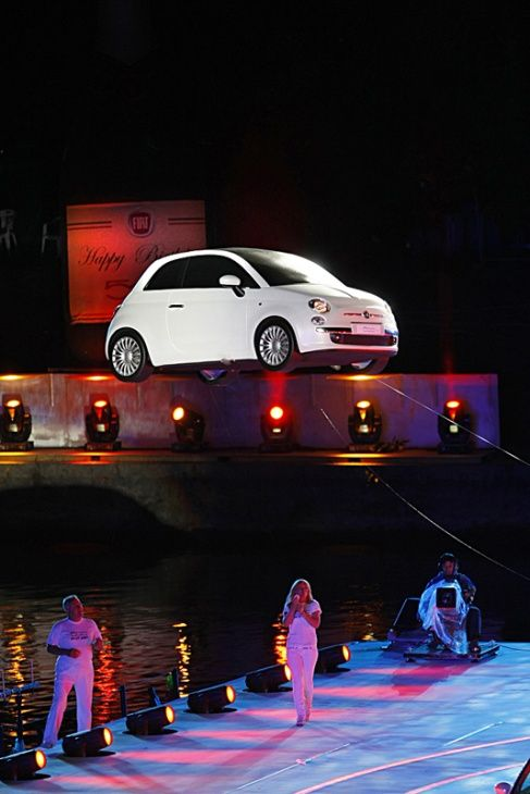 Our Fiat 500 radio controlled life size model flying in the bombastic launch show in Italy.