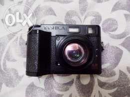 Yashica EZ Digital F521 Vintage Camera