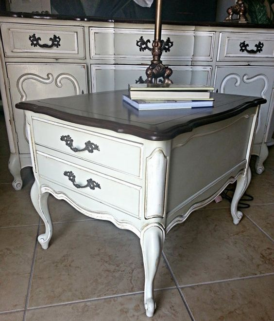 Vintage French Provincial 40 Round Marble Top Coffee: Vintage French Provincial End Table, Nightstand, Side