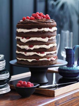 Chocolate raspberry layer cake-this recipe is in metric, so you need a scale or a conversion chart! Doesn't it look delicious?