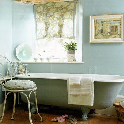 Yes please :): Country Bathroom, Wall Color, Beautiful Bathroom, Bathroom Idea, Country Cottage, Blue Bathroom
