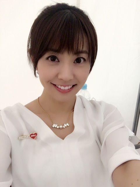 小林麻耶まとめた髪もかわいい画像